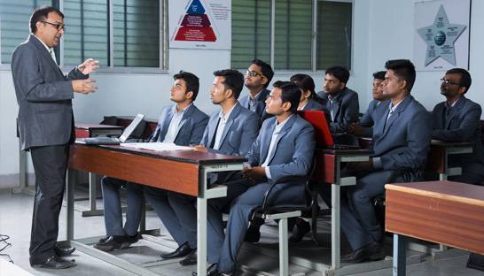 Indian MBA students target strategy and management consulting
